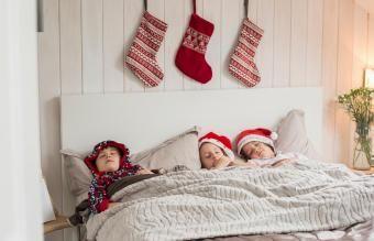 Patarimai, kaip užmigti Kalėdų išvakarėse visiems amžiams