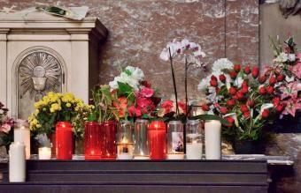 O que é uma missa comemorativa?