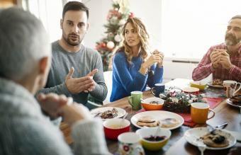 Kaip išvengti šeimos susirinkimų